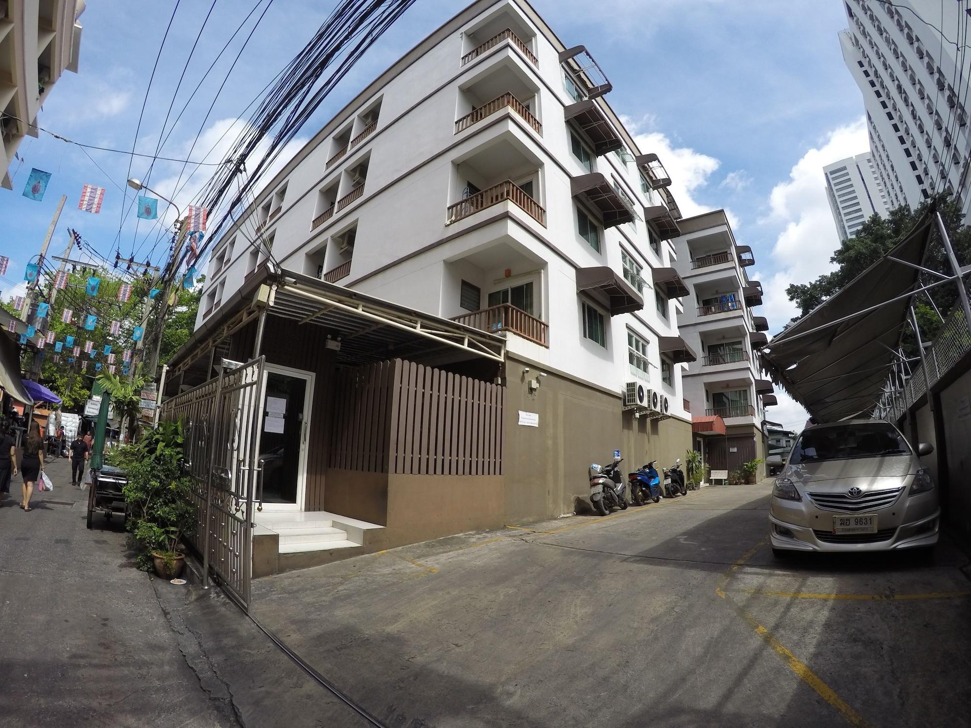 S Apartment, Ratchathewi