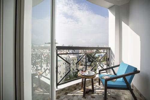 Sofia Suite Hotel Danang,Ngũ Hành Sơn