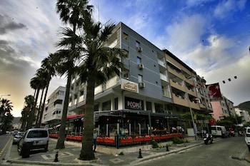 馬爾馬里斯精品飯店