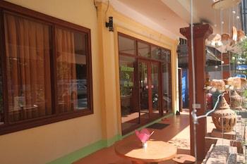IQ Inn - Hotel Entrance  - #0