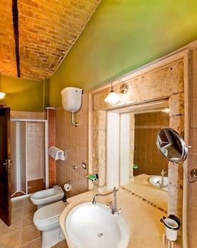 B&B Liù Palazzo Ducale - Bathroom  - #0