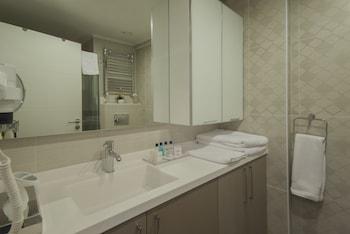 Arwen Premium Residence - Bathroom  - #0