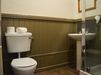 The Swan and Talbot - Bathroom  - #0