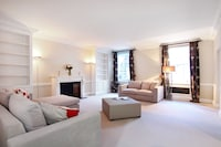 Superior Apartment, 2 Bedrooms (2 Lyall Street)