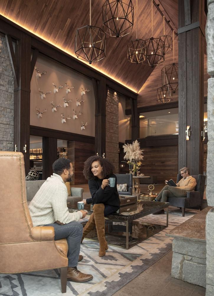 https://i.travelapi.com/hotels/17000000/16550000/16546400/16546388/fb1e3eeb_z.jpg