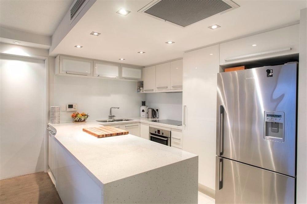 River Plaza Apartments, South Brisbane