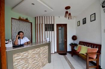 HIGHWAY TO H INN - DANAO Reception