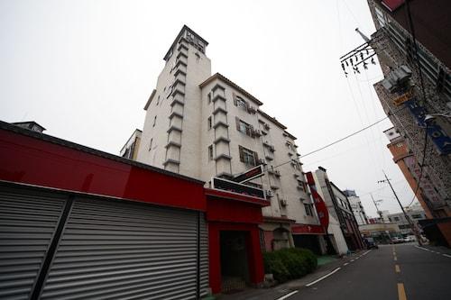Castle Motel Iksan, Iksan
