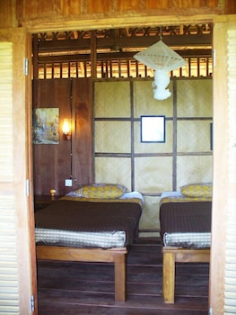 https://i.travelapi.com/hotels/17000000/16590000/16580500/16580484/55b874d7_b.jpg