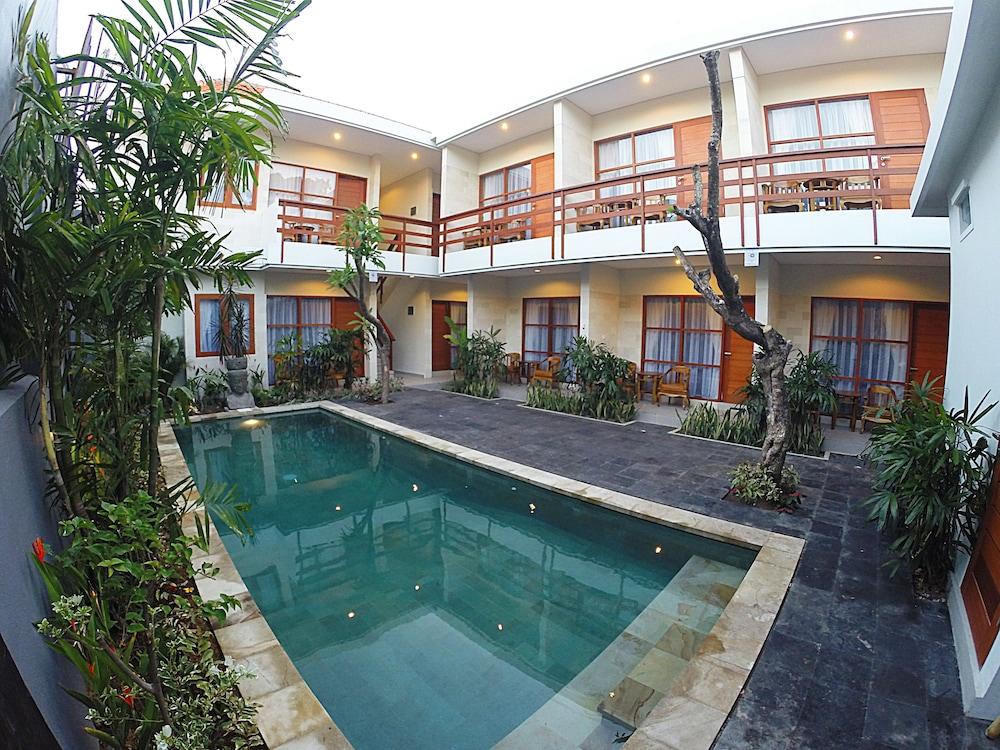 Asoka Hotel & Suite