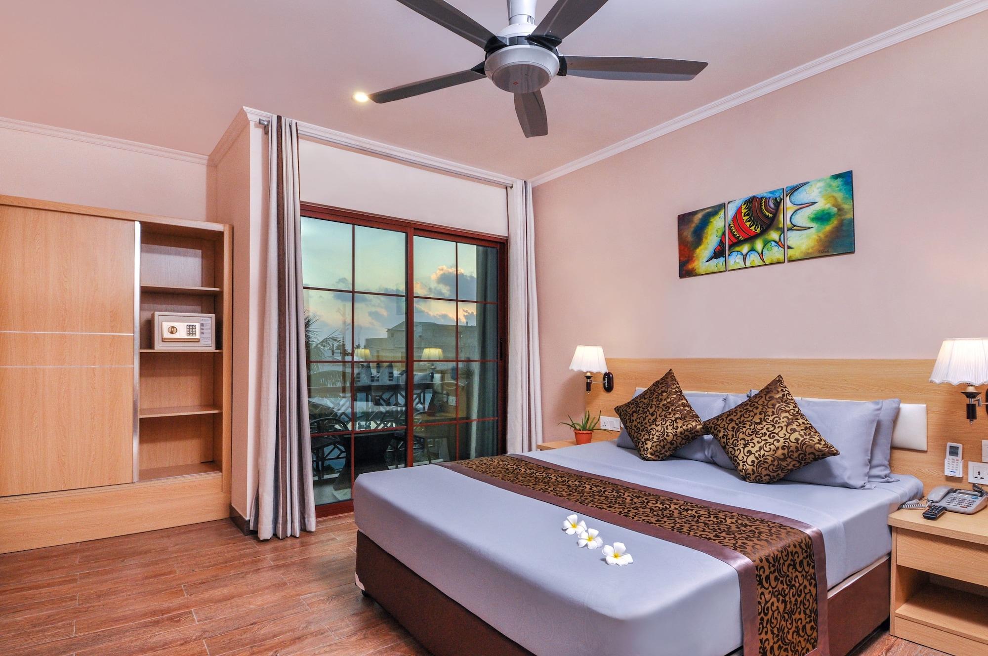 Triton Beach Hotel & Spa, Kepulauan Maafushi