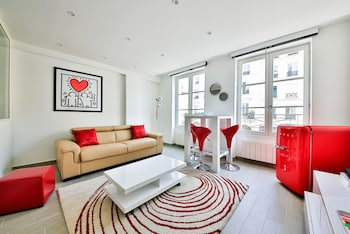 Luxury Apartment In The Center Of Paris