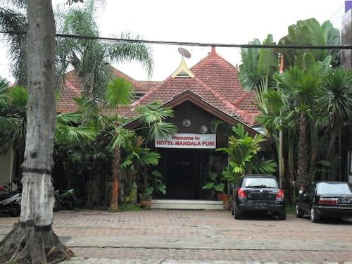 Mandala Puri Malang, Malang