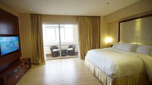 Pearlwort Hotel and Suites, Ikeja