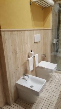 BHB Hotel - Bathroom  - #0