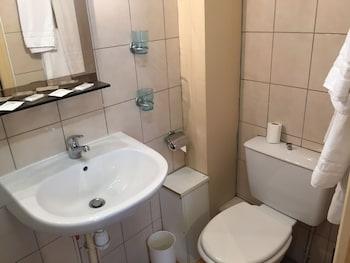 Hôtel des Pyrénées - Nation - Bathroom  - #0