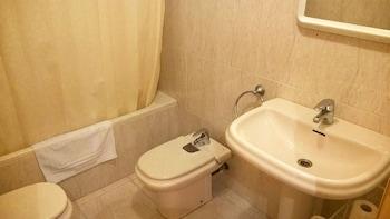 Apartamentos Biescas 3000 - Bathroom  - #0