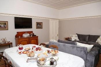 Newington Place - Breakfast Area  - #0