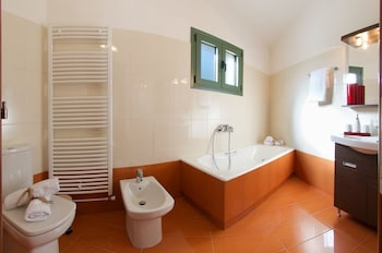 Utopia Luxury Villa - Bathroom  - #0