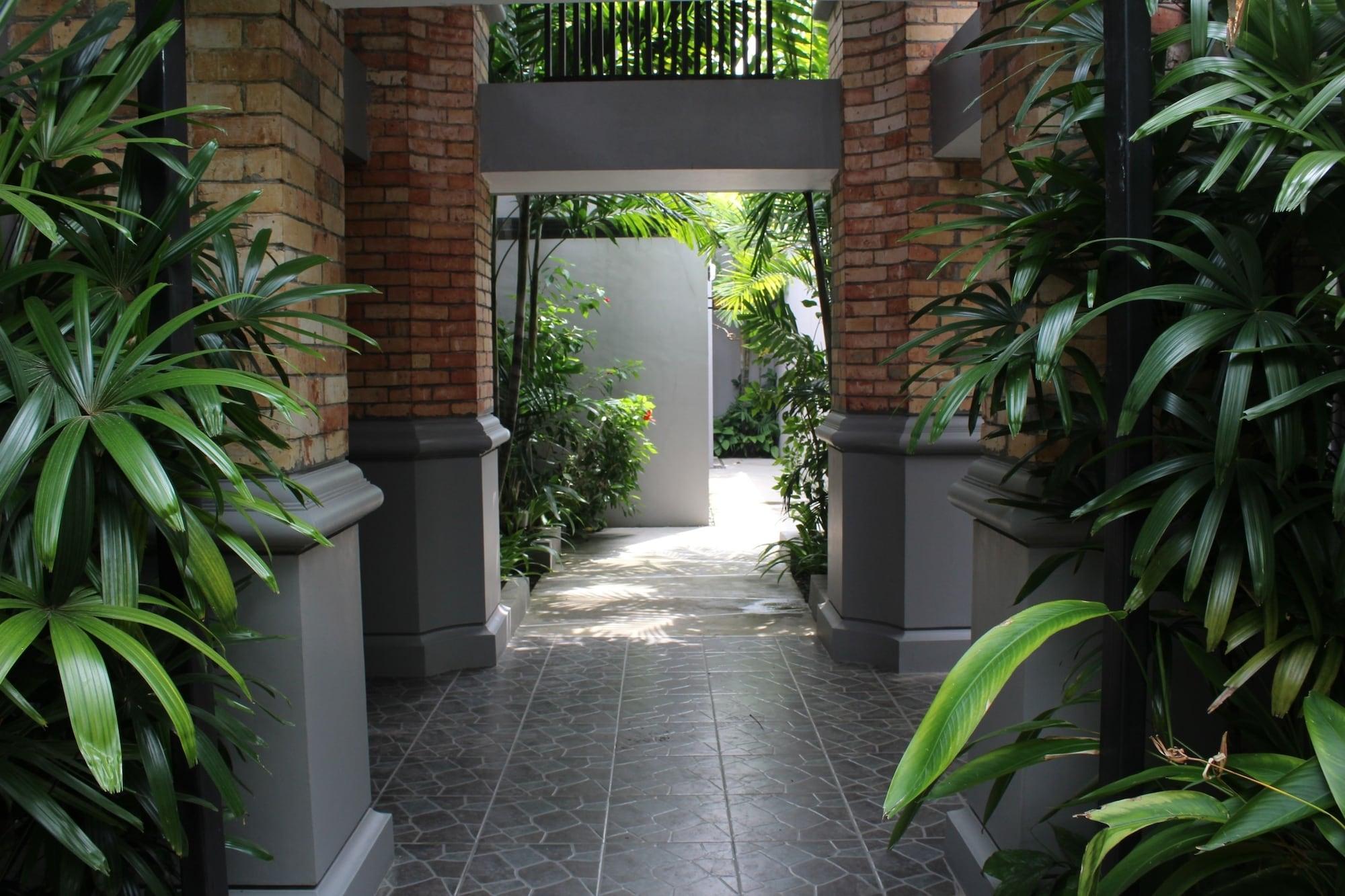 Lagoi Bay Villas, Bintan