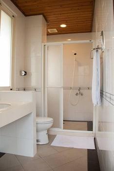Zac House - Bathroom  - #0