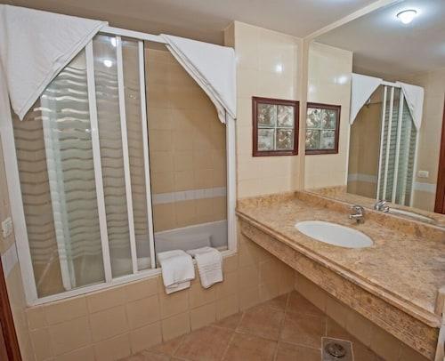 Sun & Sea Hotel, Al-Ghurdaqah