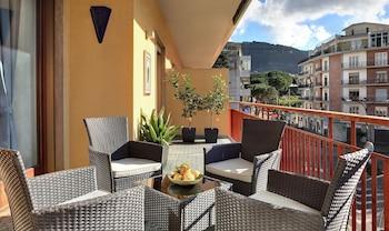 Feeling Italy - Sorrento Apartments - Balcony  - #0