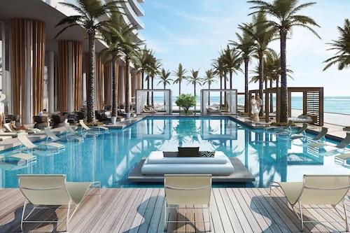 . Hyde Resort & Residences