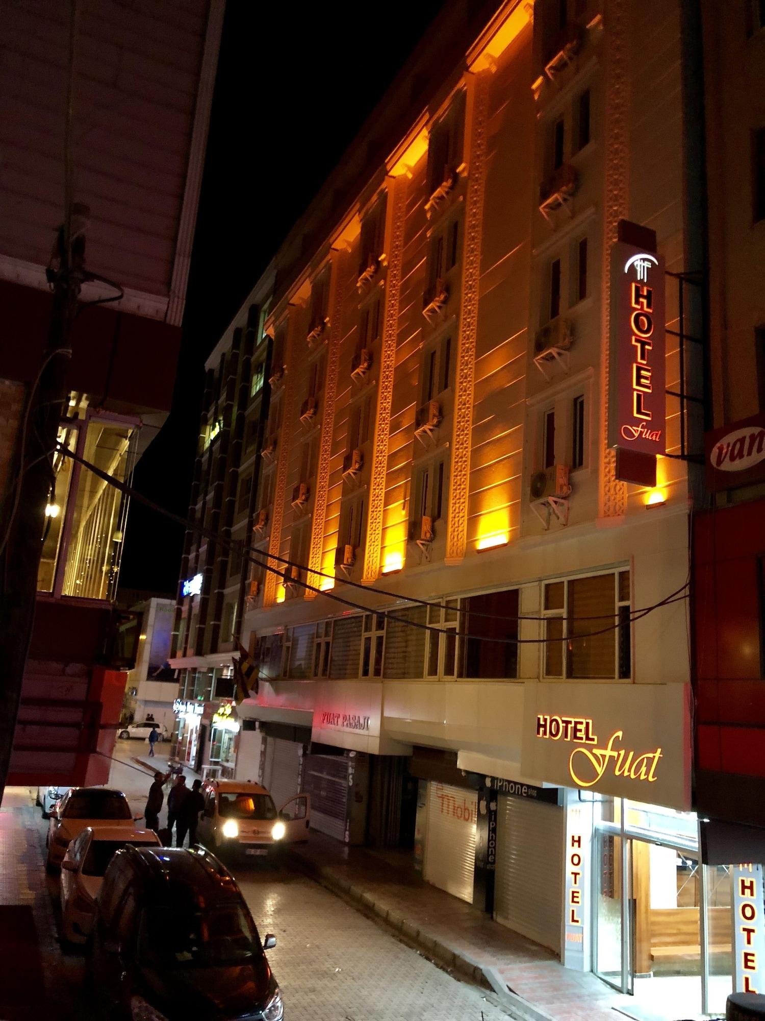 Hotel Fuat, Merkez