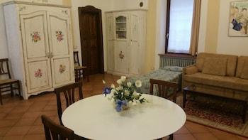 卡莫茲尼宮公寓飯店