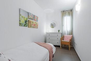 Apartamentos Cornellalux - Guestroom  - #0