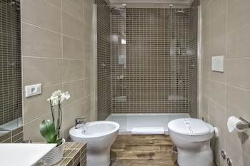 Charme Suite Pantheon - Bathroom  - #0