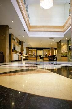 アヴィアリ ホテル