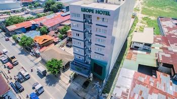 LEOPE HOTEL Exterior detail