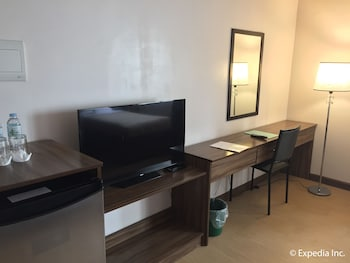 LEOPE HOTEL Room Amenity