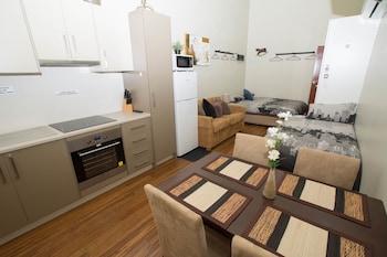 西區開放式公寓飯店