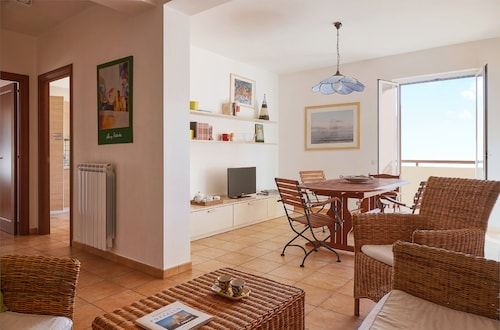 . Playa Apartment CaseSicule, far 50 m from the Sand Beach with Balcony, Wi-Fi