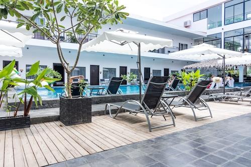 Miiya Hotel, Mittakpheap