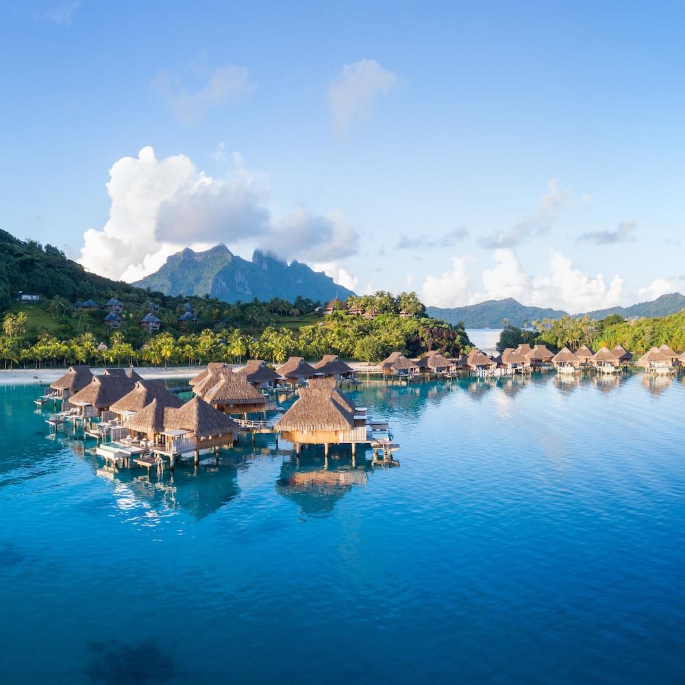https://i.travelapi.com/hotels/17000000/16650000/16649100/16649075/1a3acd97_z.jpg