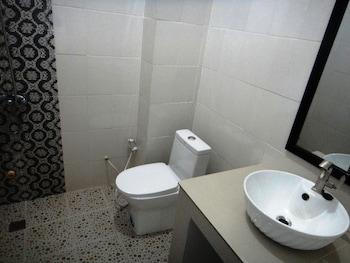 My Parent Guesthouse - Bathroom  - #0