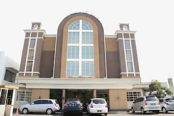 Airy Klojen Gajayana Slamet Riyadi 1 Malang - Hotel Front  - #0