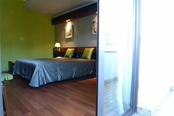 Hotel - Lara Hotel