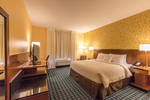 Fairfield Inn & Suites by Marriott Atlanta Acworth, Cobb