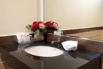 Anchan Private Pool Villas - Bathroom Sink  - #0