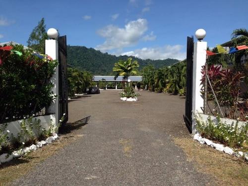 Samoa Sport Lodge, Faleata East