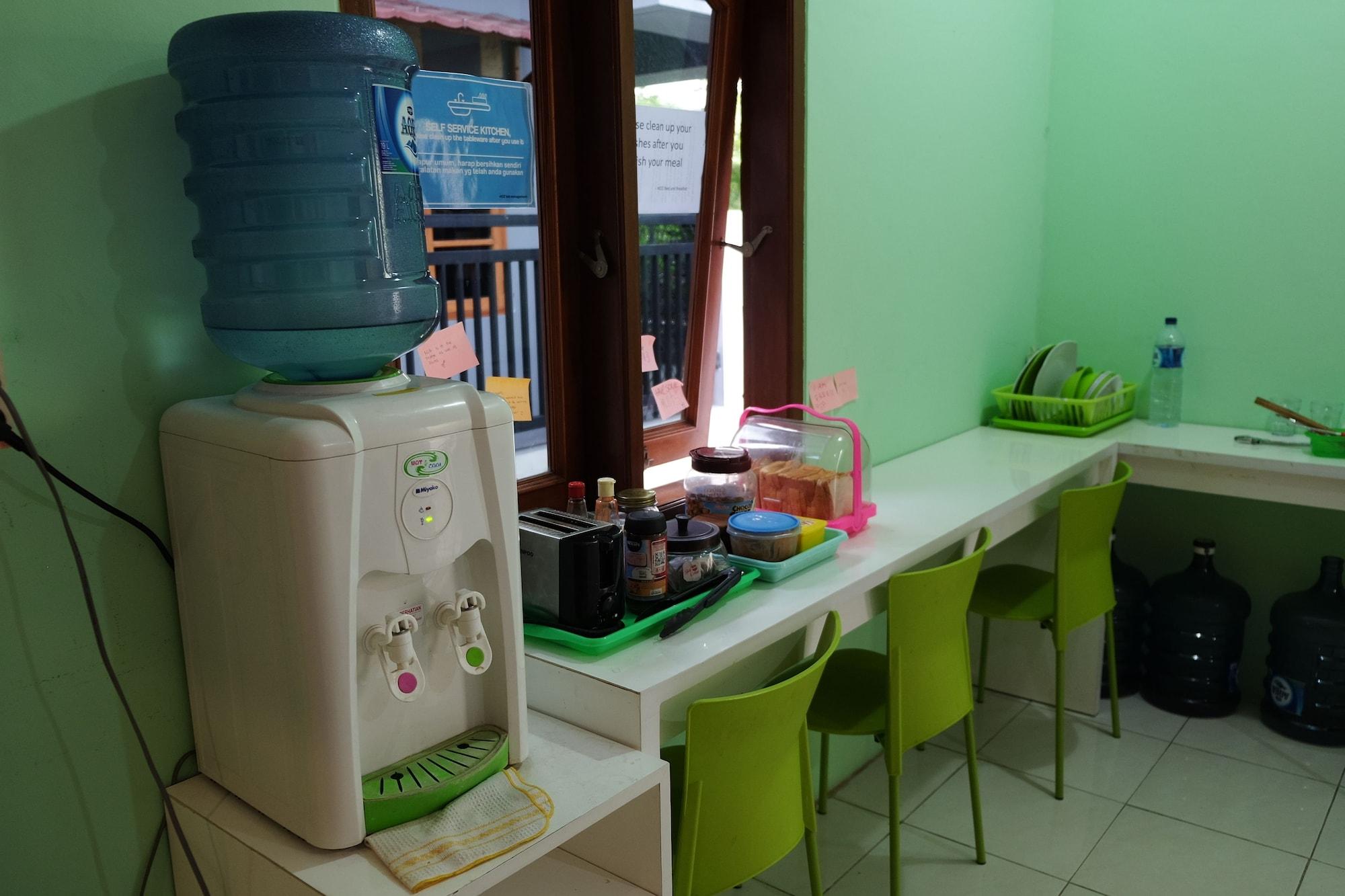 HOZ Bed and Breakfast - Hostel, Yogyakarta