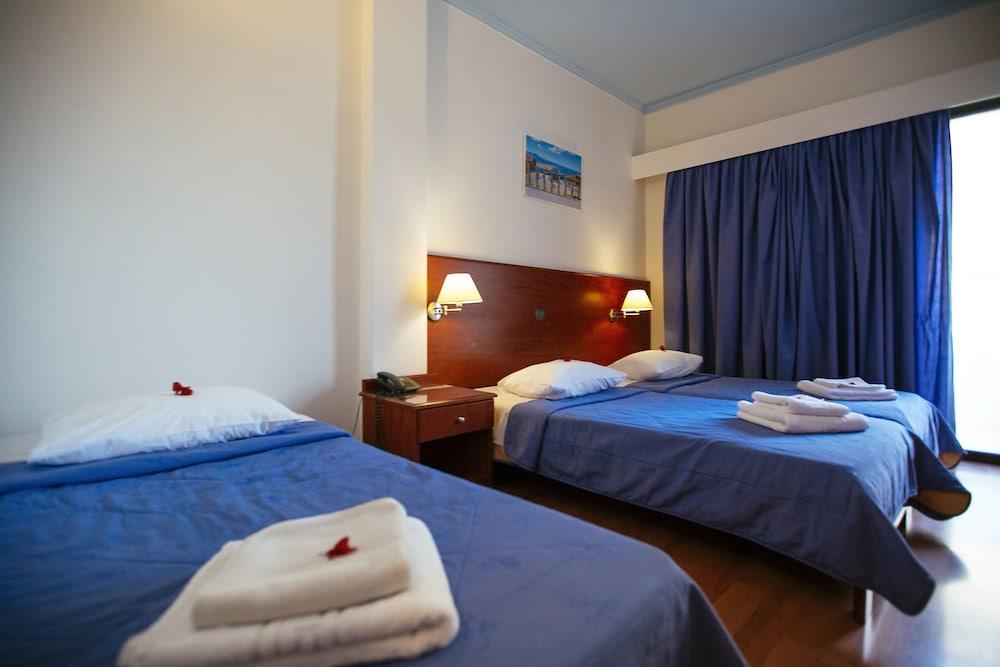 https://i.travelapi.com/hotels/17000000/16720000/16719800/16719775/b6a2e3f4_z.jpg