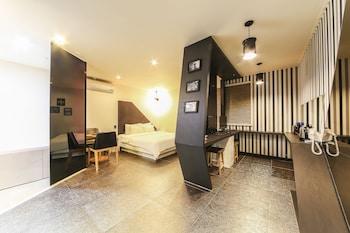 V モーテル釜山 (V Motel Busan)