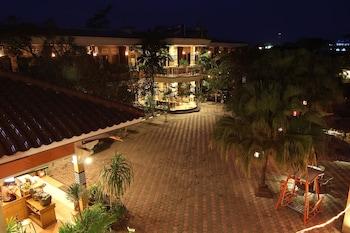 Patria Plaza Hotel - Property Grounds  - #0