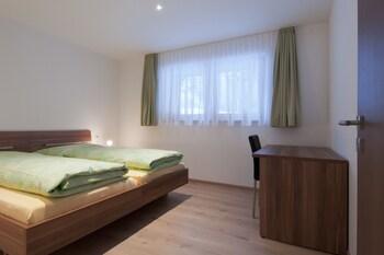Apartment, 3 Bedrooms, Kitchen, Mountain View